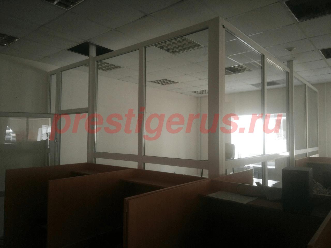 plastikovoe_okno_peregorodka_wEvQpUMEF80